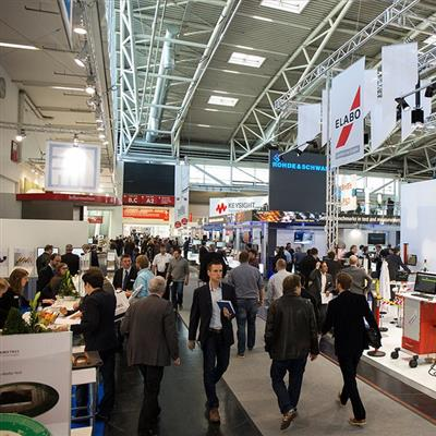 productronica München - 2015 Visitors in the Exhibition halls