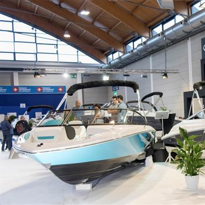 Internationale Wassersportausstellung - Motorboote