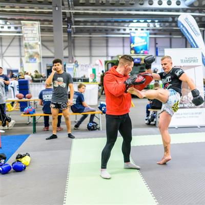 Trade Fair for Leisure and Outdoor Sports - Kick boxing