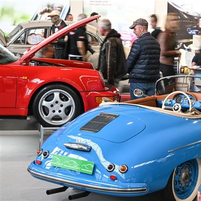 The Classic Sales and Event Show for Vintage Cars and Motorbikes, Boats and Airplanes - Porsche