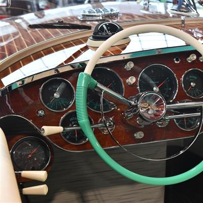 The Classic Sales and Event Show for Vintage Cars and Motorbikes, Boats and Airplanes - RIVA boats