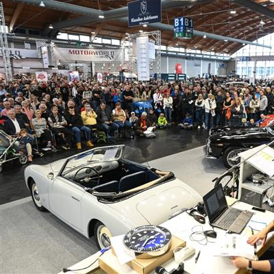 The Classic Sales and Event Show for Vintage Cars and Motorbikes, Boats and Airplanes - Oldtimer auction